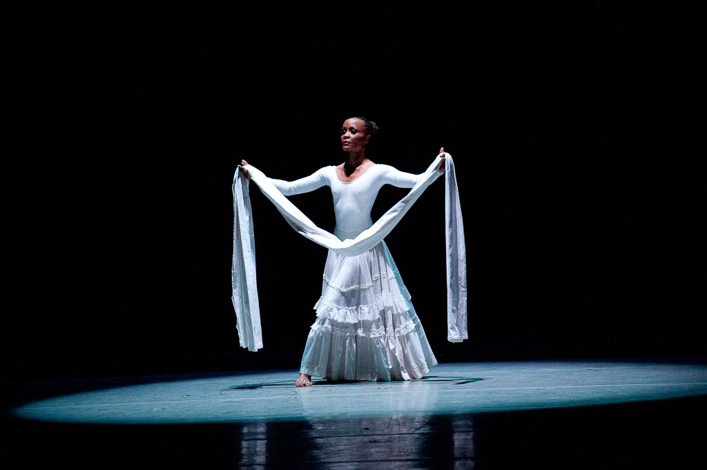 AAADT_s_Renee_Robinson_in_Alvin_Ailey_s_Cry._Photo_by_Christopher_Duggan